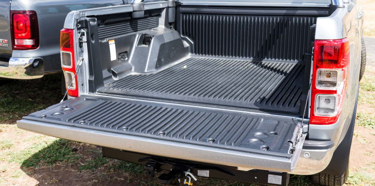 2017-ford-ranger-xlt-v-volkswagen-amarok-v6-70