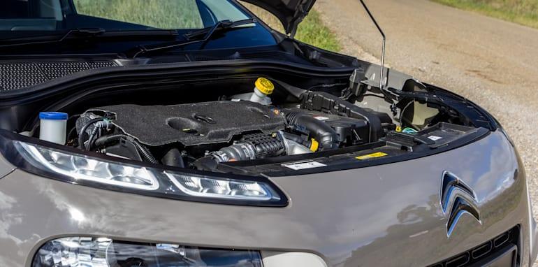 Eco-Test Country loop - Audi A3 e-tron v BMW i3 v Citroen C4 Cactus v Toyota Prius-79