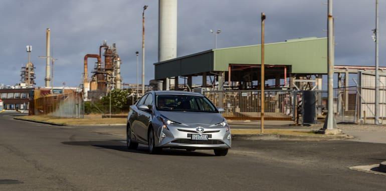 Eco-Test Urban loop - Audi A3 e-tron v BMW i3 v Citroen C4 Cactus v Toyota Prius-59
