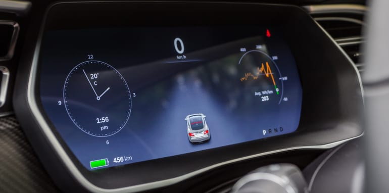 2015 Tesla Model S P85D v 2015 Audi RS7-72