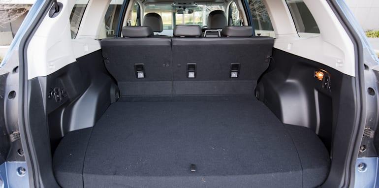 2015-RAV4-CX5-TUCSON-FORESTER-4-car-medium-suv-comparison-34