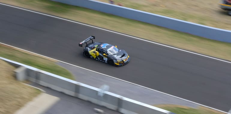 2015-bathurst-12HR-edited-89