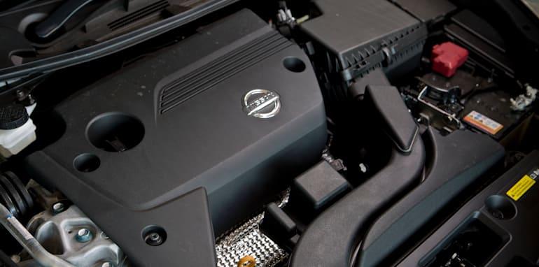 Mid-size Sedans - Nissan Altima engine