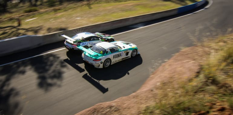 2015-bathurst-12HR-edited-60