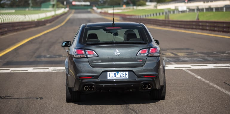 2017-ford-mustang-gt-v-holden-commodore-ss-track-29