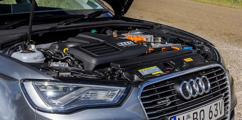 Eco-Test Country loop - Audi A3 e-tron v BMW i3 v Citroen C4 Cactus v Toyota Prius-105
