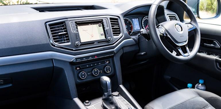 2017-ford-ranger-xlt-v-volkswagen-amarok-v6-11