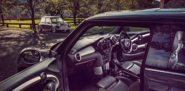 Old v New - Subaru WRX, Mini Cooper S, Peugeot GTi_08