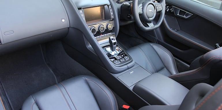 Jaguar-F-Type-Porsche-Boxster-Comparison-50