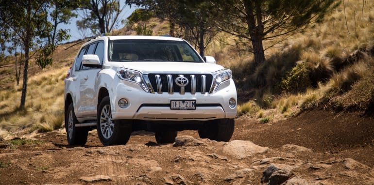 2016-ford-everest-titanium-v-toyota-prado-off-road-34
