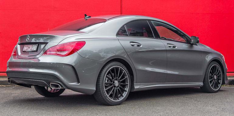 2014 Mercedes-Benz CLA-Class-3