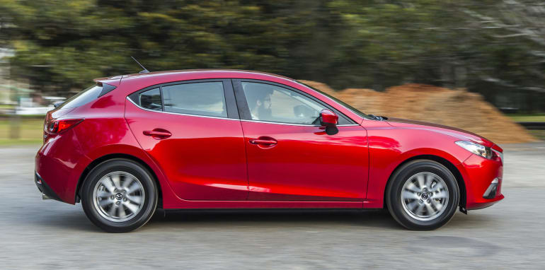 small-cars-aug-2015-mazda3-24