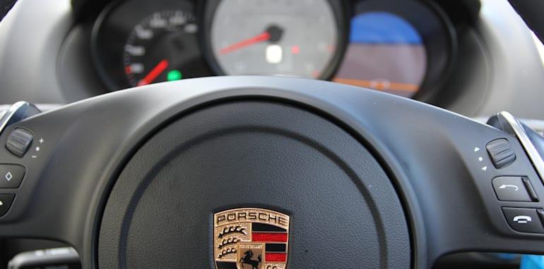 Jaguar-F-Type-Porsche-Boxster-Comparison-45