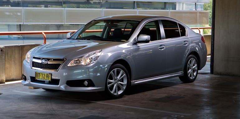 Mid-size Sedans-102