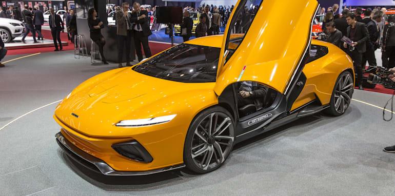 2016-Geneva-Motor-Show-305