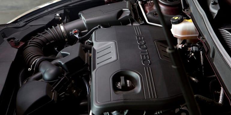 Mid-size Sedans - Holden Malibu engine