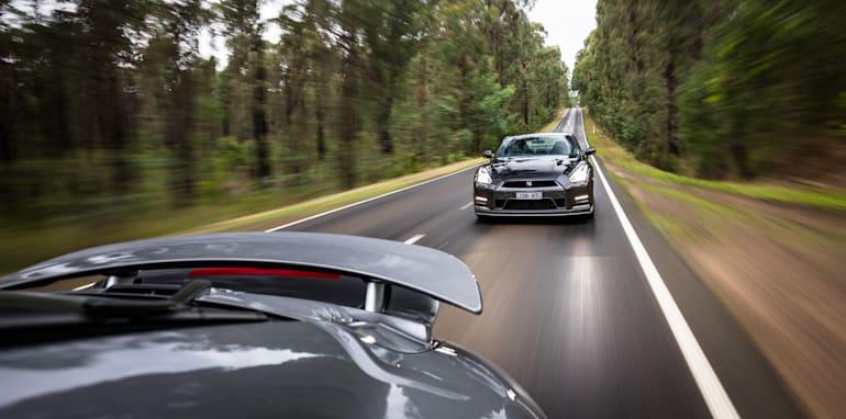 2015-porsche-911-turbo-v-nissan-gtr-comparison-78