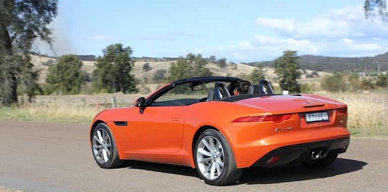Jaguar-F-Type-Porsche-Boxster-Comparison-19