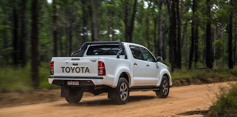 Toyota HiLux v Ford Ranger_4
