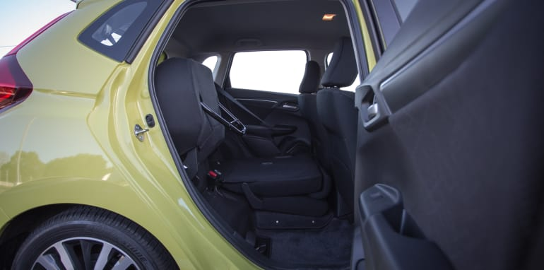 2016 Suzuki Baleno GLX V Honda Jazz VTi-S Comparo-46