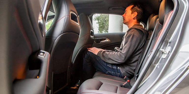 2015-bmw-125i-v-mercedes-benz-a250-sport-interior-38