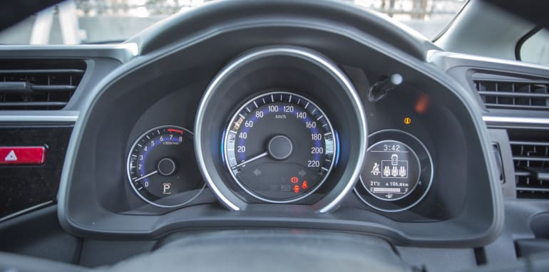 2016 Suzuki Baleno GLX V Honda Jazz VTi-S Comparo-39