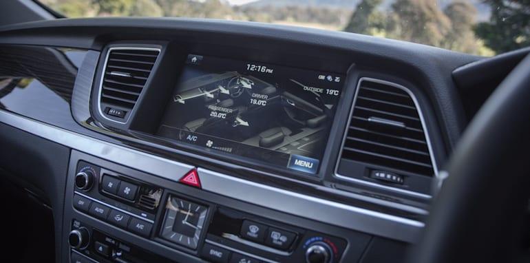 2016 Luxury sedan comparison Hyundai Genesis Ultimate v Jaguar XF 20d Prestige v Infiniti Q70 GT v Lexus GS200t F Sport v Skoda Superb sedan 206TSI-154