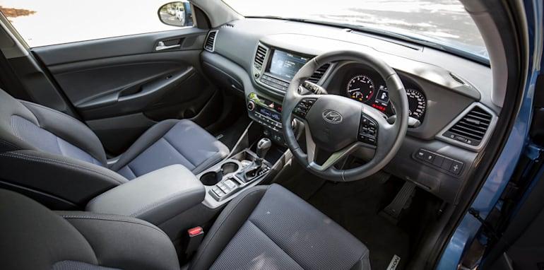 2016-Hyundai-Tucson-comparison-35