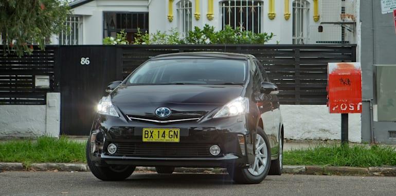 2014 Toyota Prius V 1