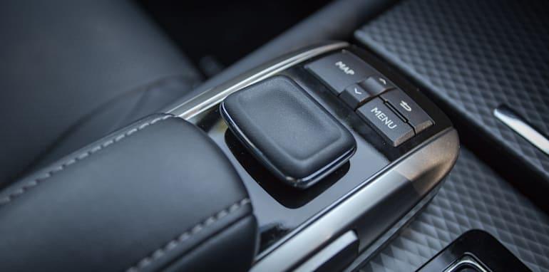 2016 Luxury sedan comparison Hyundai Genesis Ultimate v Jaguar XF 20d Prestige v Infiniti Q70 GT v Lexus GS200t F Sport v Skoda Superb sedan 206TSI-111