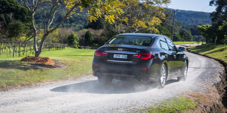2016 Luxury sedan comparison Hyundai Genesis Ultimate v Jaguar XF 20d Prestige v Infiniti Q70 GT v Lexus GS200t F Sport v Skoda Superb sedan 206TSI-28