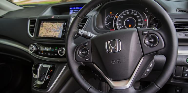 Hyundai Tucson V Honda CR-V-1-48