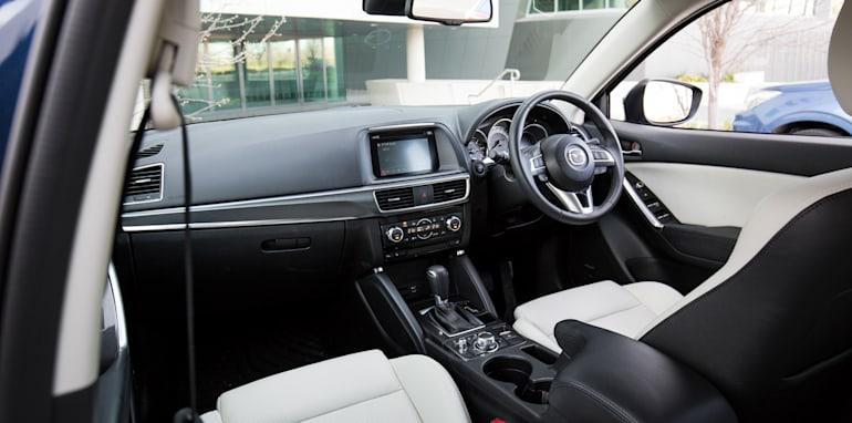 2015-RAV4-CX5-TUCSON-FORESTER-4-car-medium-suv-comparison-53