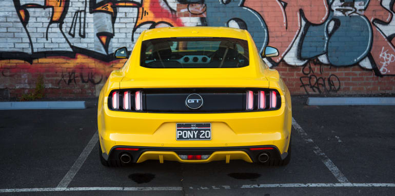2017-ford-mustang-gt-lt2-22