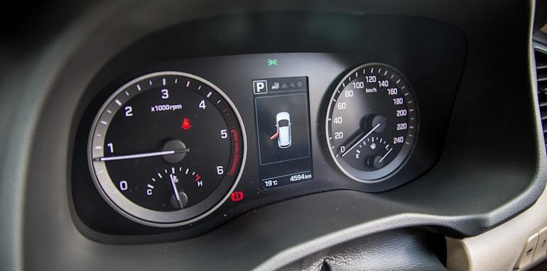 Hyundai Tucson V Honda CR-V-1-31