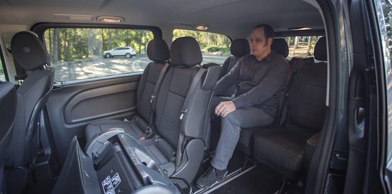 2016 Comparison Volkswagen Caravelle V Mercedes Valente-116