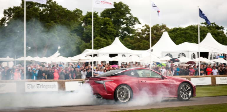 2016 Goodwood Festival Of Speed 23rd - 26th June 2016 FoS Saturday, 26th June. Goodwood, England. Batch 6, six, track action Photo: Drew Gibson