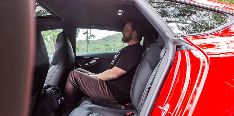 2015 Tesla Model S P85D v 2015 Audi RS7-64
