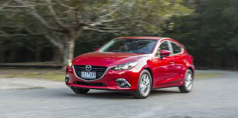 small-cars-aug-2015-mazda3-25