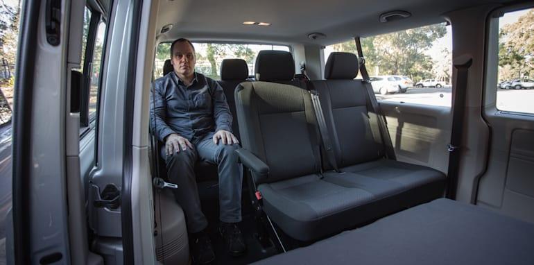 2016 Comparison Volkswagen Caravelle V Mercedes Valente-96