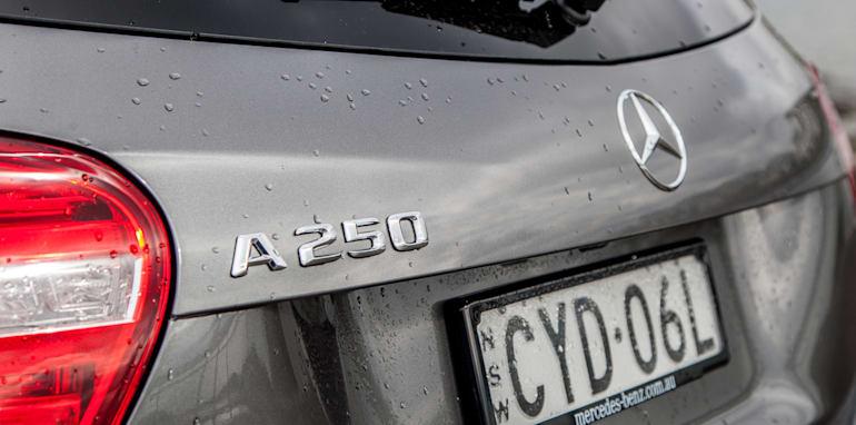 2015-bmw-125i-v-mercedes-benz-a250-sport-exterior-22