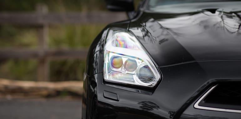 2015-porsche-911-turbo-v-nissan-gtr-comparison-51