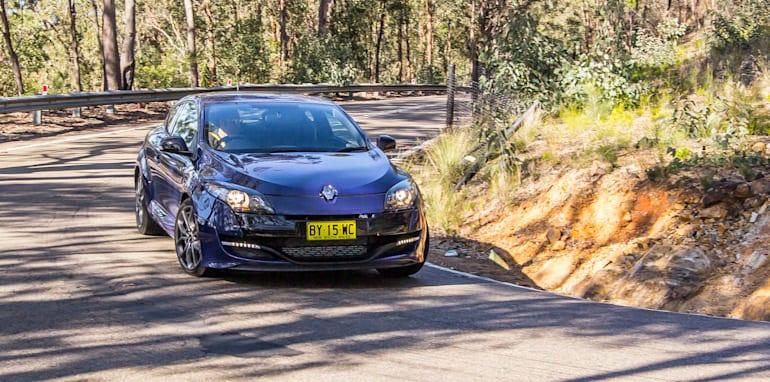 Renault Sport Megane Kia Proceed GT Hyundai Veloster SR Turbo-6