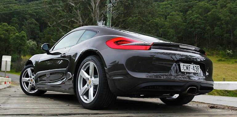 Sports car comparo128