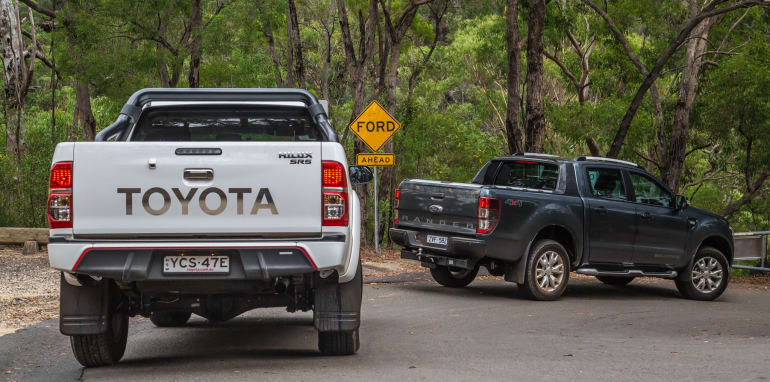 Toyota HiLux v Ford Ranger_19