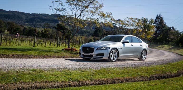 2016 Luxury sedan comparison Hyundai Genesis Ultimate v Jaguar XF 20d Prestige v Infiniti Q70 GT v Lexus GS200t F Sport v Skoda Superb sedan 206TSI-33