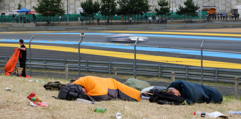2015-24hrs-of-lemans-lifestyle-66