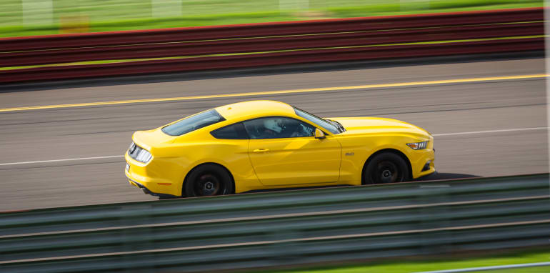 2017-ford-mustang-gt-v-holden-commodore-ss-track-7