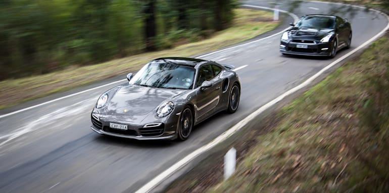 2015-porsche-911-turbo-v-nissan-gtr-comparison-102