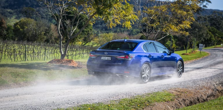 2016 Luxury sedan comparison Hyundai Genesis Ultimate v Jaguar XF 20d Prestige v Infiniti Q70 GT v Lexus GS200t F Sport v Skoda Superb sedan 206TSI-25